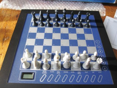 Saitek ELITE Chess Computer